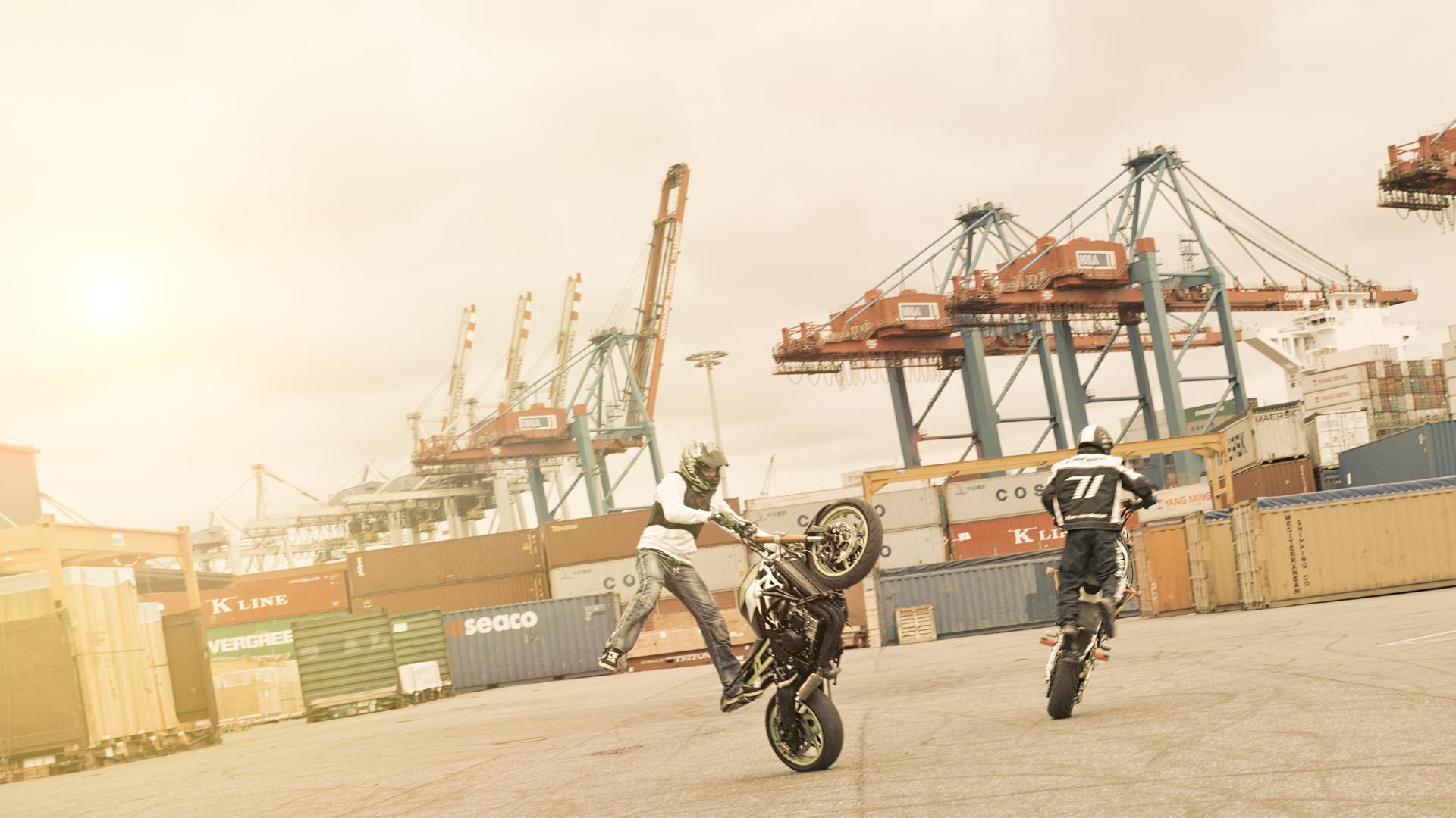onno_stuntbiker01